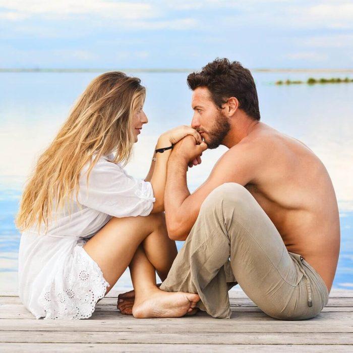 Relacionamento aberto: intimidade e proximidade fora da parceria